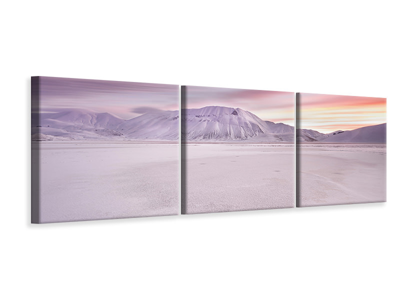 Tableau sur toile en 3 parties panoramique Sibillini National Park - Sunrise