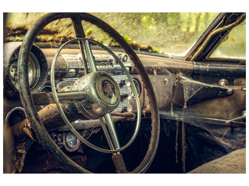 Canvas print Disintegrated vintage car